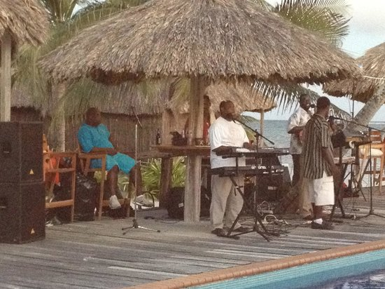 Captain Morgan's Retreat :                   Live Music Poolside at dinner