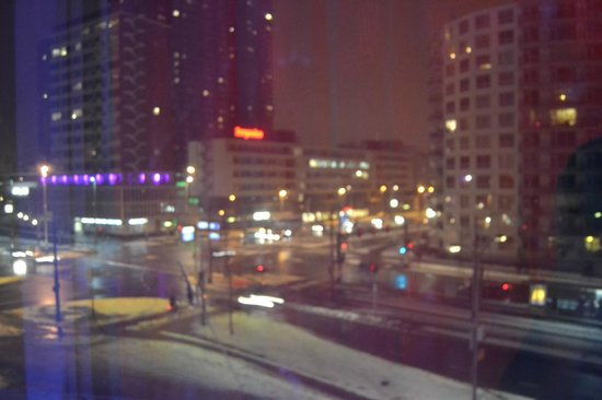 Inntel Hotels Rotterdam Centre:                   Vue depuis une chambre city view