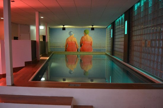 Inntel Hotels Rotterdam Centre:                   piscine (un peu froide mais ça va)
