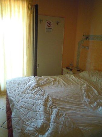 Hotel La Cascina:                   Camera matrimoniale