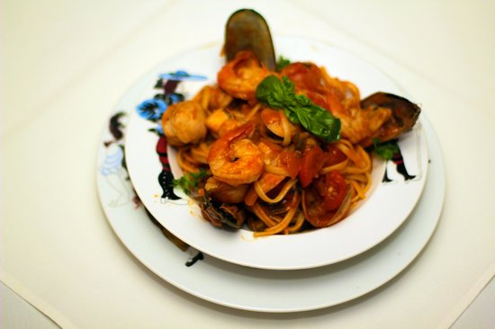 Ristorante Paparazzi : If you like Seafood pasta, this is the best