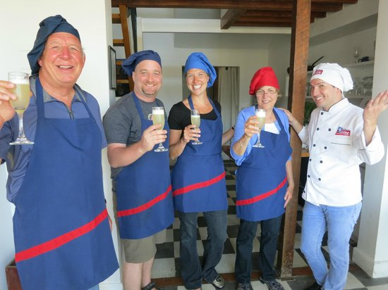 Chilean Cuisine Cooking Classes: a toast!