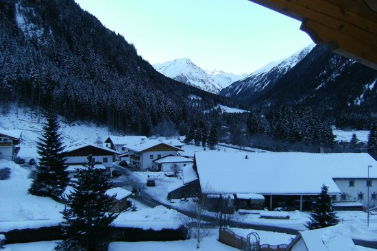 Hotel Bergcristall: View from the balcony