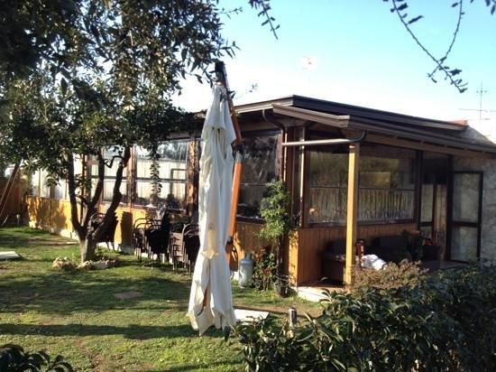 Esterno foto di ristorante giardini di kyme pozzuoli tripadvisor