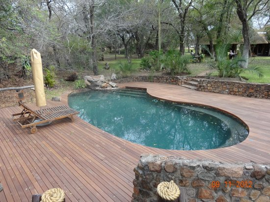Dulini Lodge:                   Communal Pool