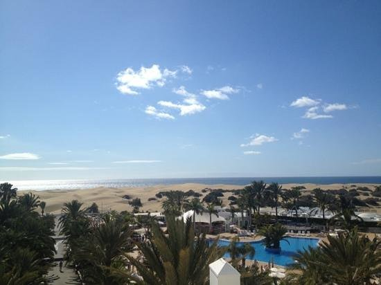 Hotel Riu Palace Maspalomas:                                     great view from the room