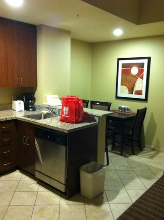 Comfort Suites West of the Ashley:                                     Full size kitche, very clean.