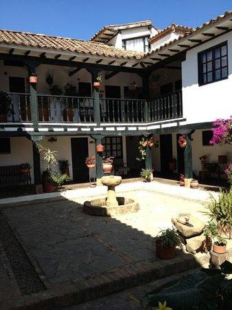 Casa Portal de Getsemani :                   patio