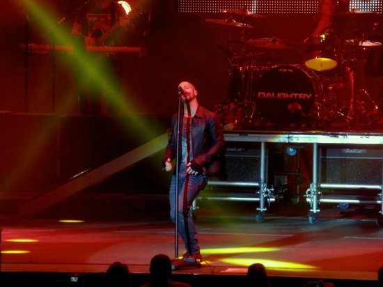 Cox Business Center: Daughtry 1