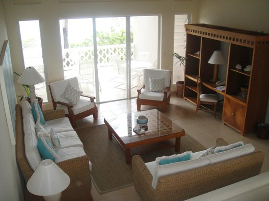 Curtain Bluff Resort: living area