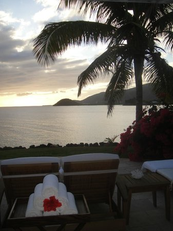 Curtain Bluff Resort: lovely view from grounds