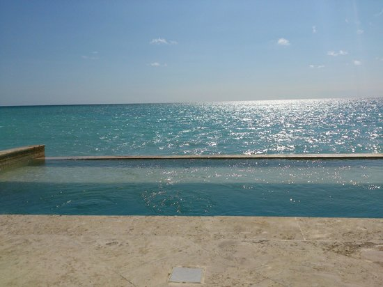 Sanctuary Cap Cana by AlSol: Royalty Villa Room 1026 Private Pool view