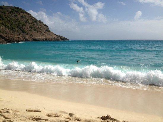 The Westin Dawn Beach Resort & Spa, St. Maarten:                   beautiful beach to walk