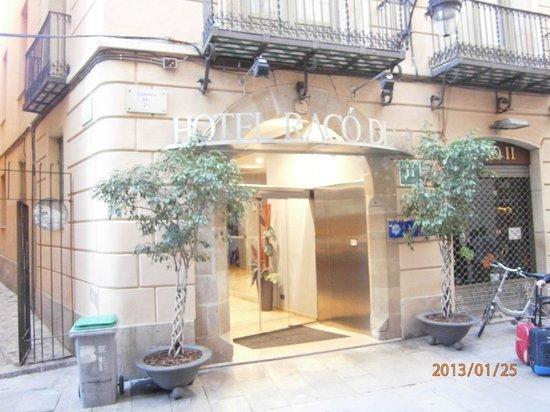H10 Raco Del Pi:                   Hotel entrance