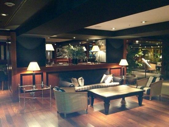 U232 Hotel:                   intérieur