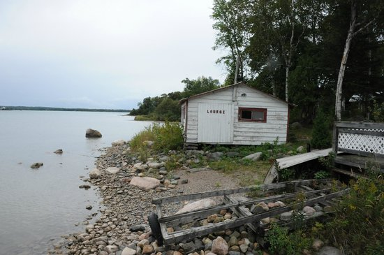 "Bruce Bay Cottages: Former boathouse turned ""lounge"""