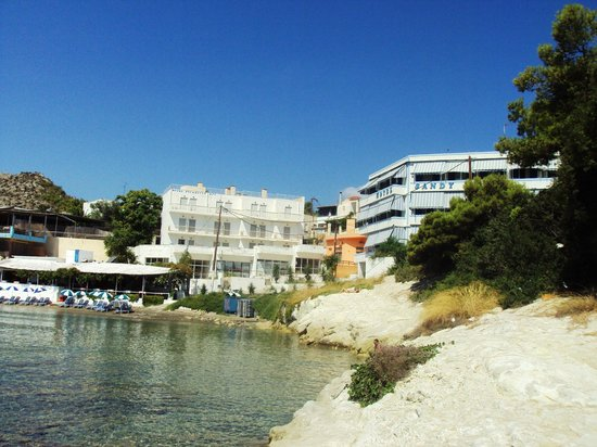 Agia Marina, Greece: hotel sandy