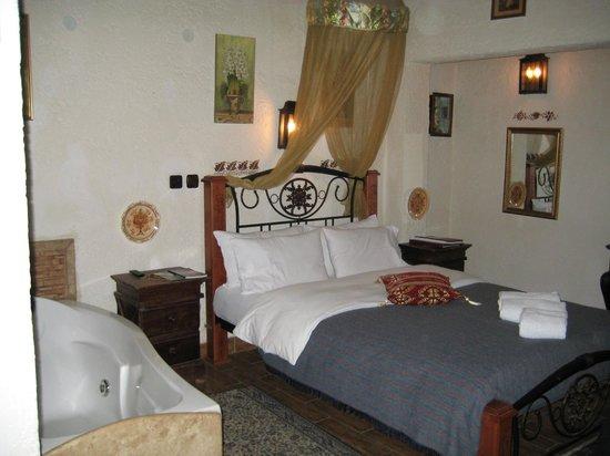 Chateaux Constantin Eco Boutique Hotel:                   Δωμάτιο