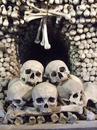 Ossuary / The Cemetery Church: Kostnice v Sedlci