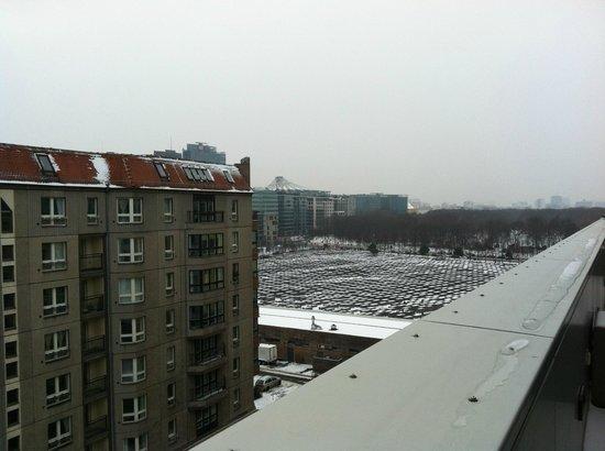 Hotel Adlon Kempinski: terrace