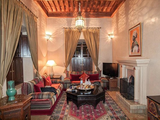 Riad Kniza:                   Salon in Sultan Suite