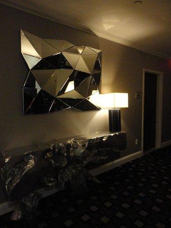 Ameritania Hotel: Couloir