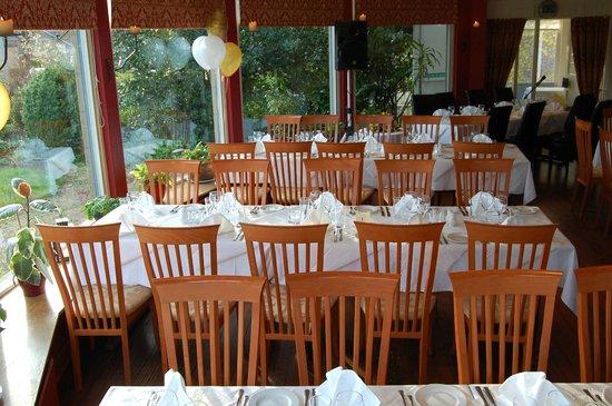Vecchia Bologna: wedding party set up