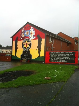 Belfast Mural Tours :                   One of the murals