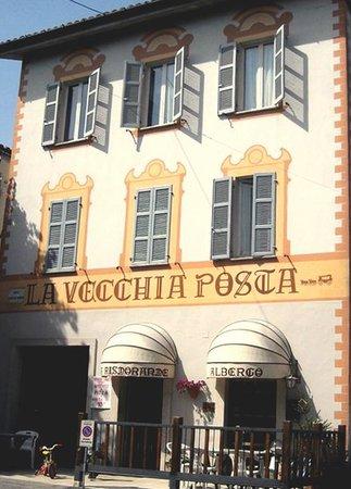 Force, Italy: L'ingresso del locale
