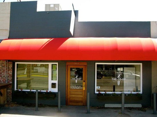 The Co-Op Gourmet Grocery and Deli: Storefront