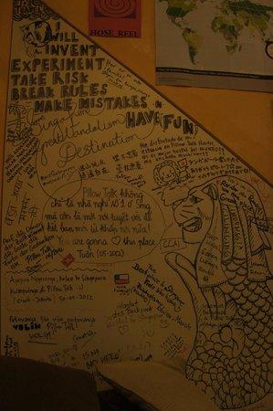 Pillow Talk Backpacker's Hostel :                                     wall of pillow.talk