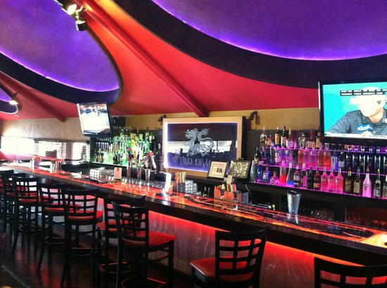 Dells Dynasty Restaurant & Lounge: Bar