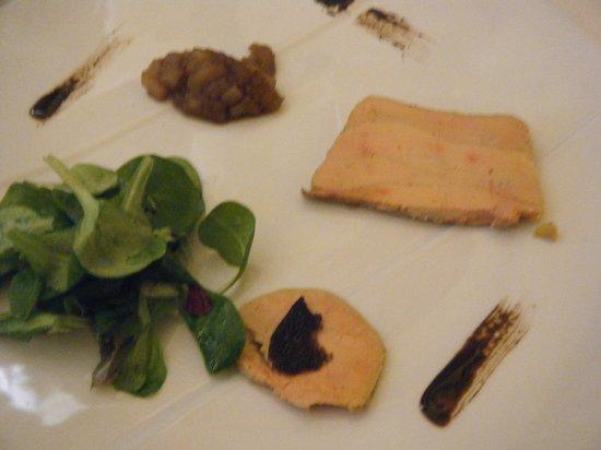 Mets et Plaisirs:                   rillette de foie gras et chutney