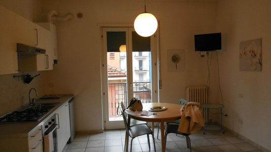 Verona Inn:                   kitchen
