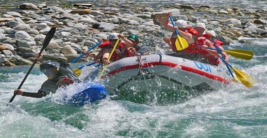Comfort Inn: RIVER RAFTING