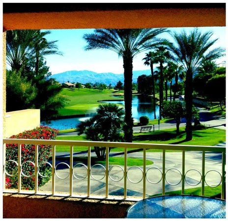 Westin Mission Hills Golf Resort & Spa:                   This is the balcony view from room 518.