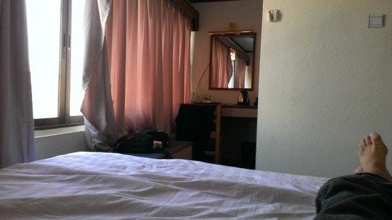 Orchid Hotel :                   dark