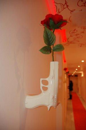 Hotel Mademoiselle:                   Couloir desservant les chambres