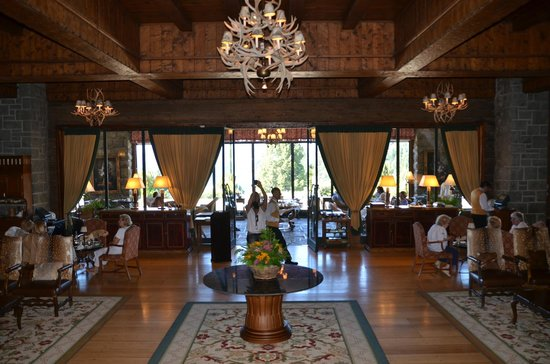 Llao Llao Hotel and Resort, Golf-Spa:                                     comfortable lobby