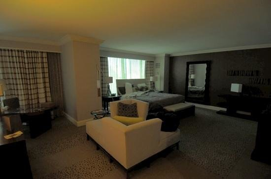 Mandalay Bay Resort & Casino: Spa Suite Rm 24-334