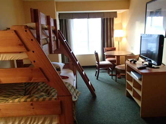 Holiday Inn Minneapolis NW-Elk River:                   Bunkbed room
