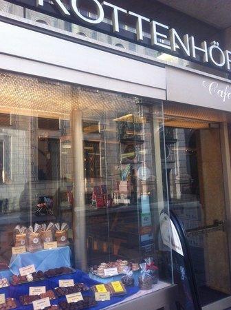 Café Rottenhöfer:                   la fachada