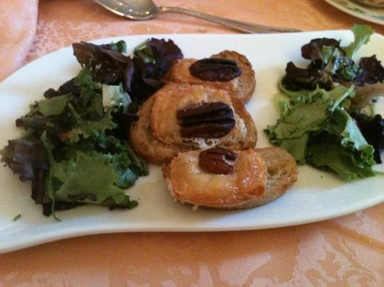 Restaurant La Renardiere : salade chèvre chaud