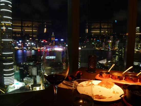 Wooloomooloo Prime (Tsim Sha Tsui):                   dinner on top of the world!