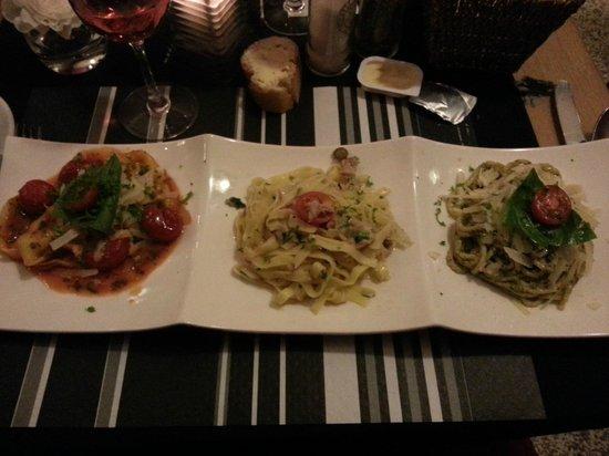 La Gondola: Trio de pâtes!
