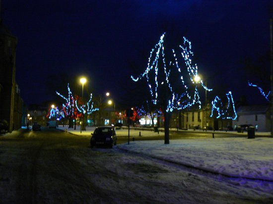 Grant Arms Hotel :                   Grantowns Festive Lights