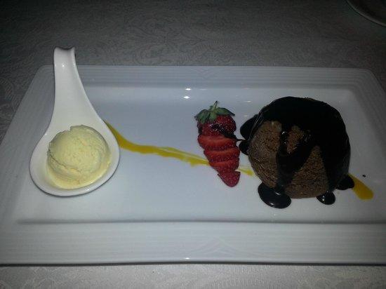 Echo : Yummy chocolate dessert
