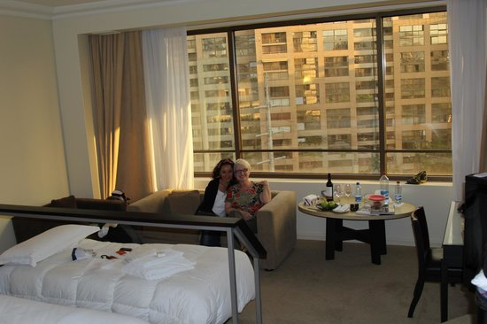 Grand Hyatt Santiago:                   king room