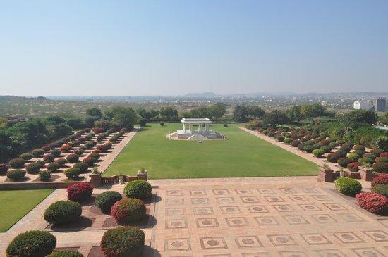Umaid Bhawan Palace Jodhpur: The back lawn