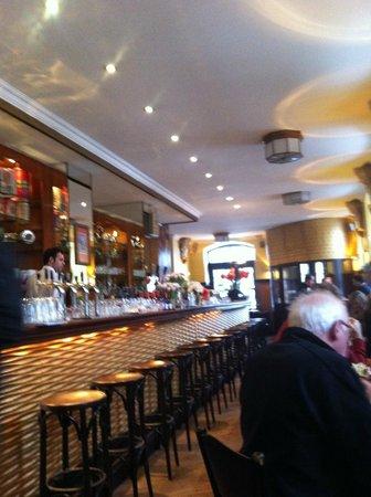 Brasserie Tresznjewski: el bar